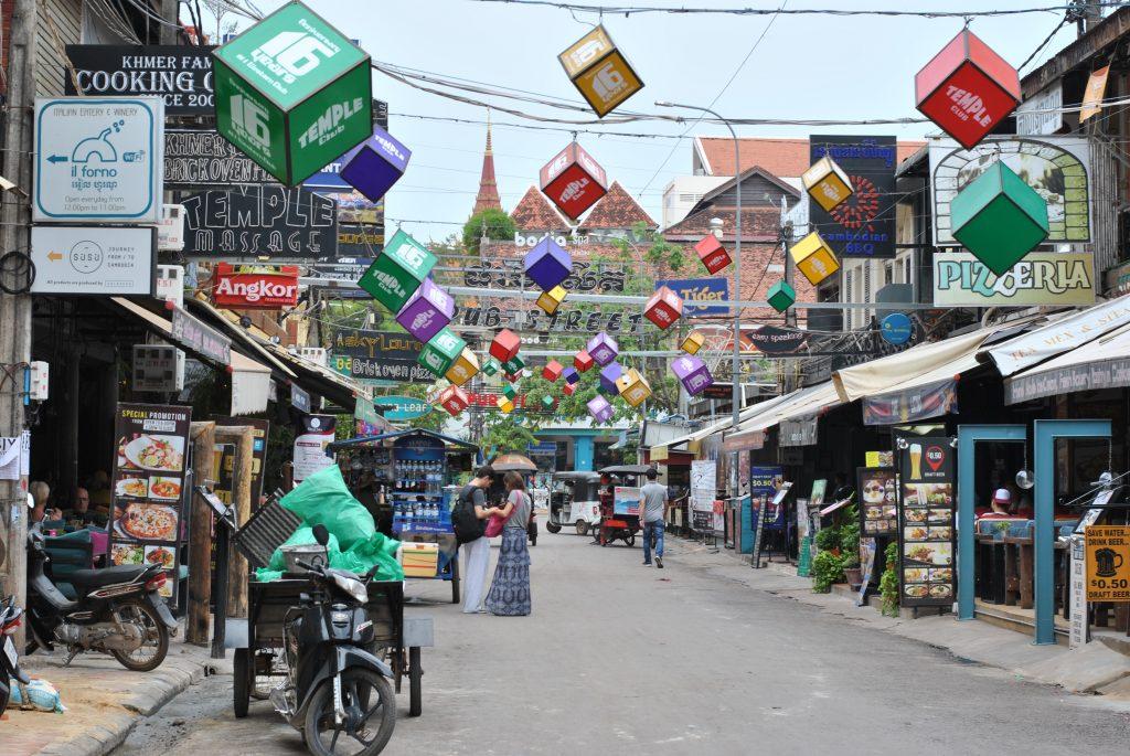 Auf nach Siem Reap – Märkte und eine Stadt im Aufschwung [KAMB]